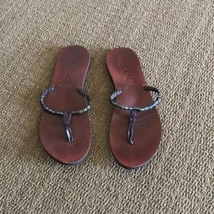 Reef size 8 sandals with color changing beads